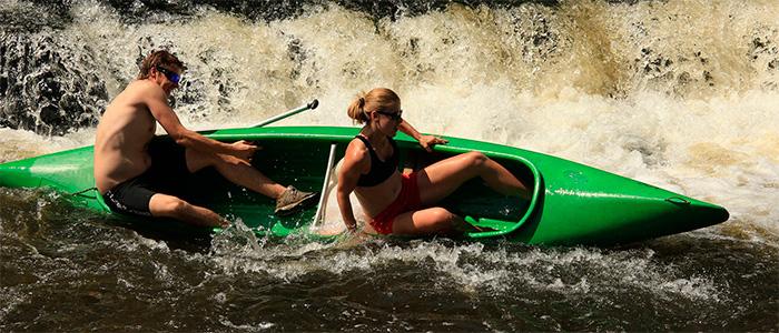 pareja-canoa